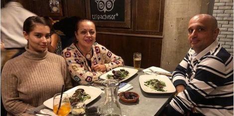 Adriana Trandafir și soțul ei, căsnicie de aproape 23 de ani. Cum arată bărbatul care i-a furat inima actriței