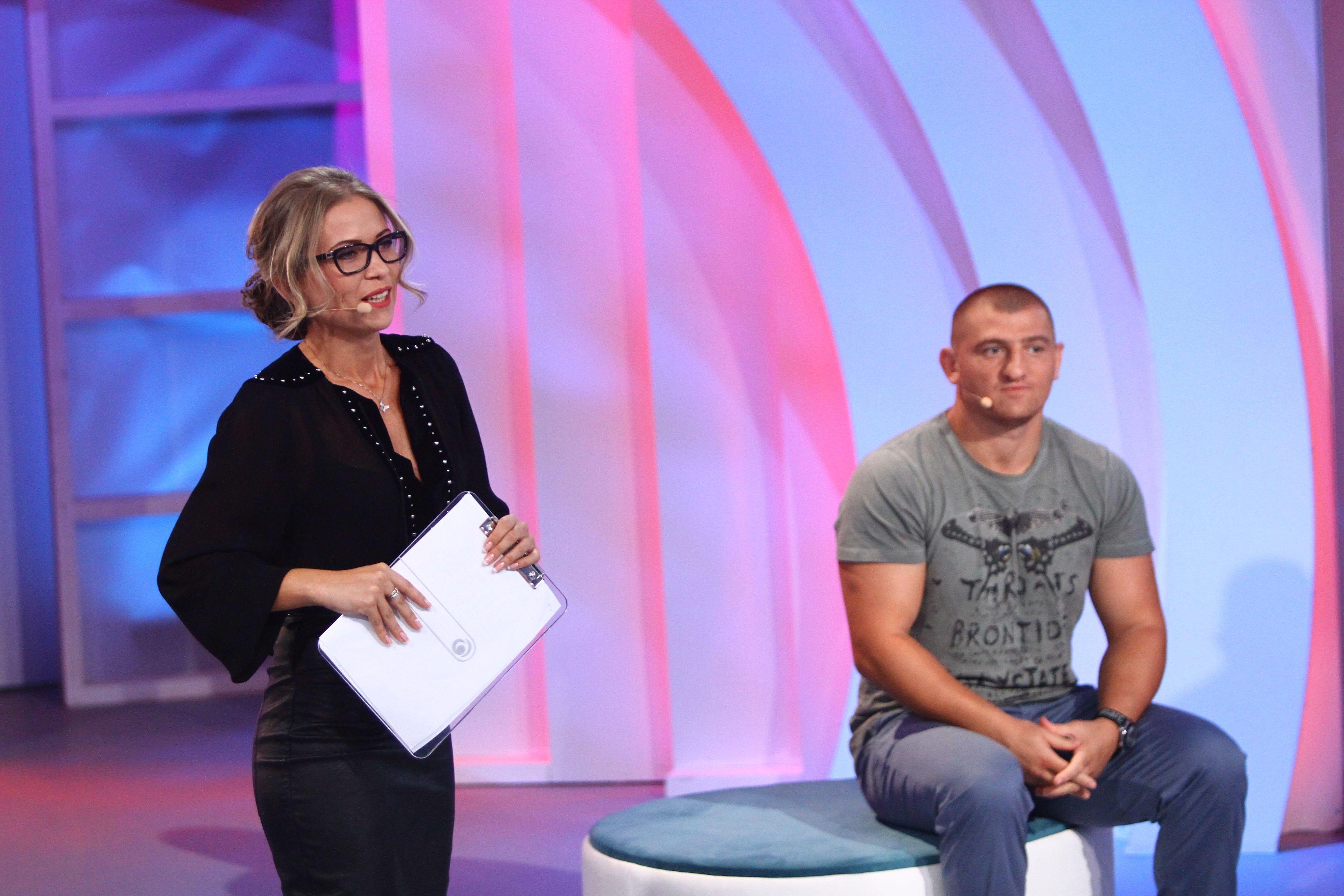 """Joi, de la ora 20.30, la """"Am ceva să-ți spun"""", Cătălin Moroșanu vine să-i mărturisească mamei sale ceva ce nu i-a spus niciodată"""