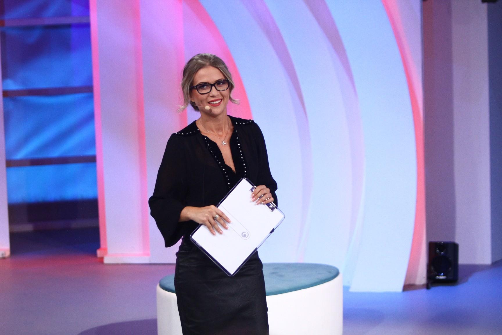 """Cum a ajuns Sonia Simionov să prezinte emisiunea """"Am ceva să-ți spun"""": """"Simt că e locul meu în acest platou și pentru asta sunt foarte fericită"""""""