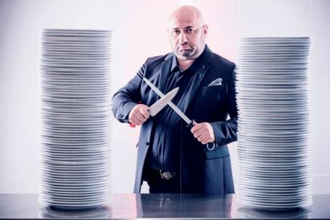 INCREDIBIL! Aşa arăta Chef Cătălin Scărlătescu, juratul de la Chefi la cuţite, acum 13 ANI!