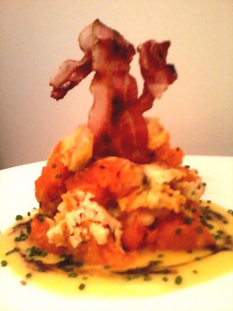 Andreea Dumitrache - Dovleac copt cu brânză de burduf, bacon crocant și sos olandez
