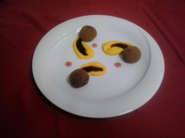 Augustin Pop ne recomandă Trufe de ciocolată amară cu visine, piure de dovleac și citrice și sos caramel cu cafea