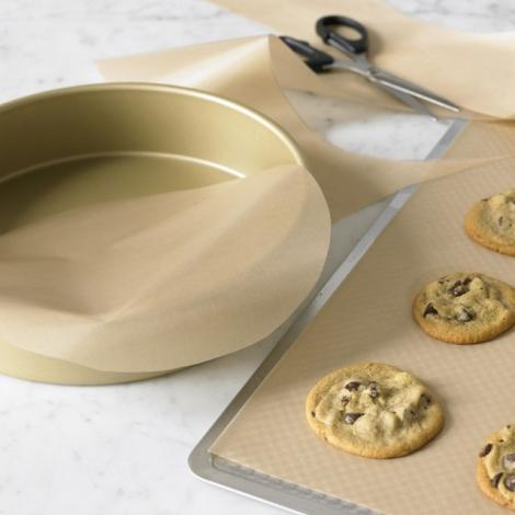 Cel mai INSPIRAT truc în bucătărie! Cum se așază corect hârtia de copt în tavă!