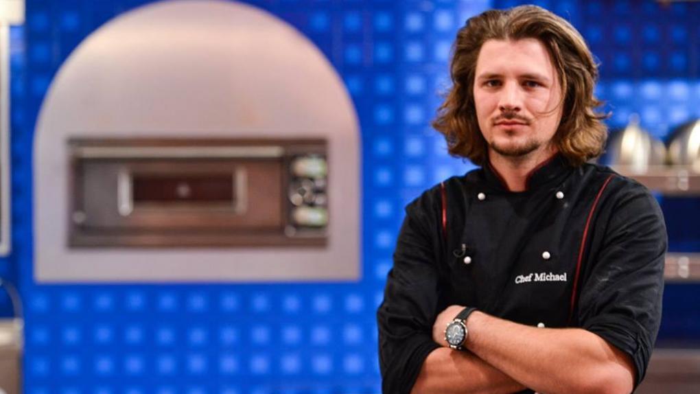 Michael Pascale, câştigătorul sezonului doi de la Hell's Kitchen - Iadul Bucătarilor, a devenit tătic! Prima fotografie cu bebeluşul