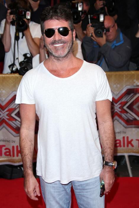 GALERIE FOTO! Apariție SPECTACULOASĂ pe covorul roșu la lansarea X Factor UK!