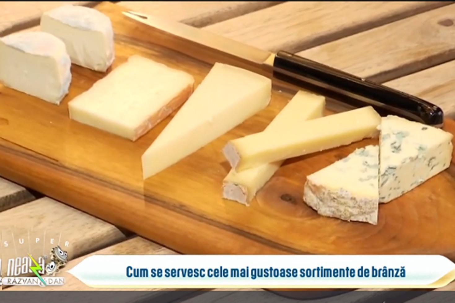 Platou cu brânzeturi