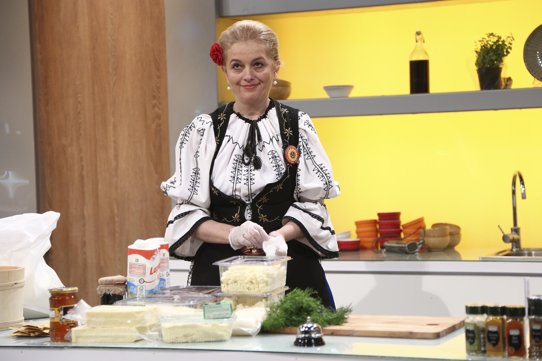 """cristina nicola în sezonul 9 """"Chefi la cuțite"""""""