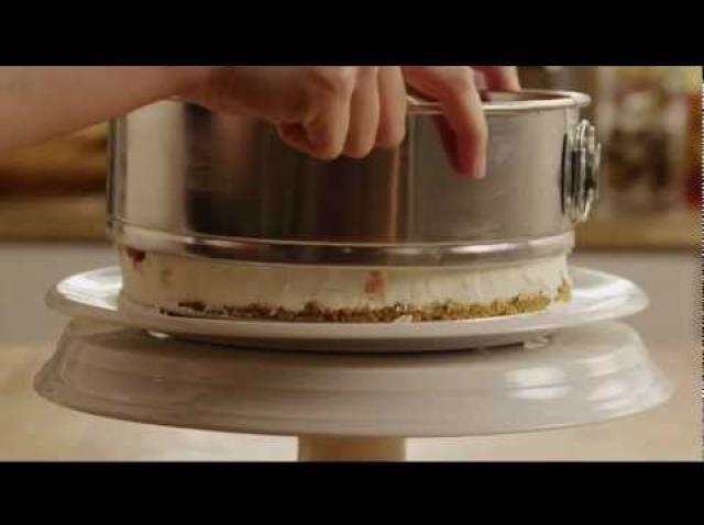 Prepară un CHEESECAKE delicios în câteva minute, FĂRĂ COACERE!