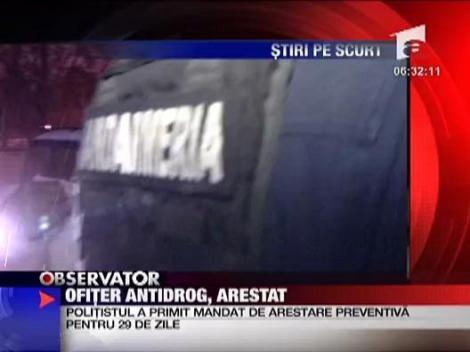 Ofiter antidrog, arestat
