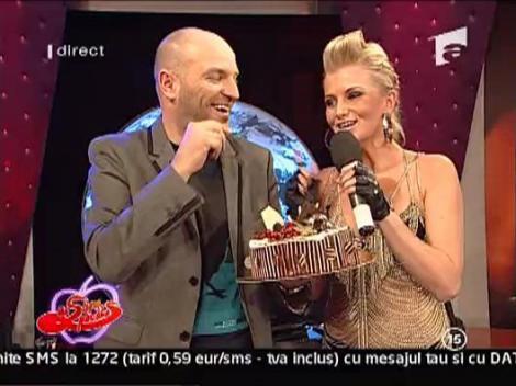 Capatos a primit un tort de la Sylvia si Dj Rhino
