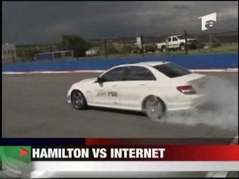 Hamilton vs. Internetul