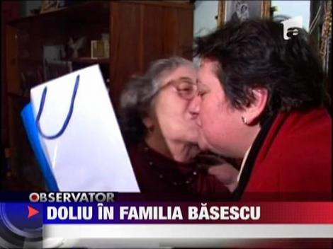 A murit mama lui Traian Basescu!