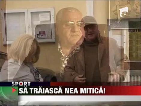 Sa traiasca Nea Mitica!