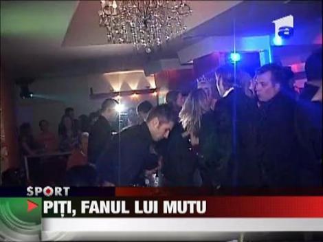 Piti, fanul cu Mutu