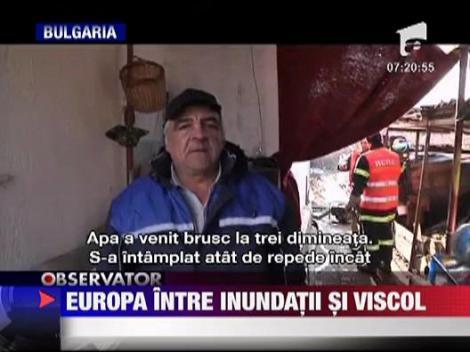 Inundatii puternice in Albania. 14.000 de oameni au fost evacuati din zonele afectate