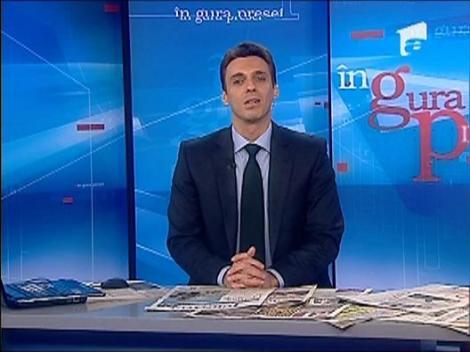 """Mircea Badea: """"Drumul nu se poate face din pix"""""""