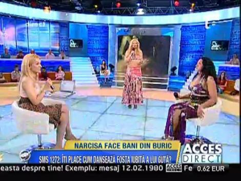 Narcisa face bani din buric