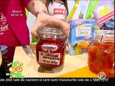 Dulceata de capsuni cu nectarine
