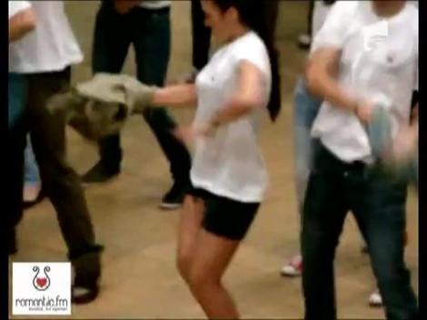 Flashmob facut de Roamantic FM