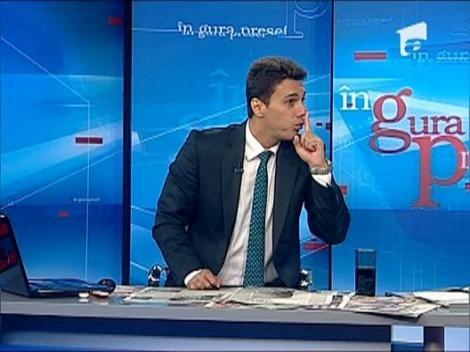 "Mircea Badea: ""Basescu crede ca nimic in lume nu se compara cu a fi capitan de nava"""