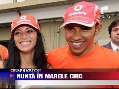Lewis Hamilton a cerut-o de sotie pe Nicole Scherzinger