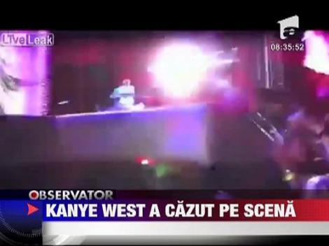 Kanye West a cazut pe scena la un concert