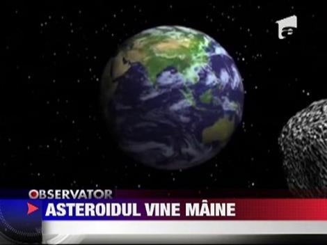 Asteroid de marimea a patru terenuri de fotbal trece pe langa Pamant