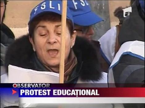 Protest cu cantec in fata Ministerului Invatamantului