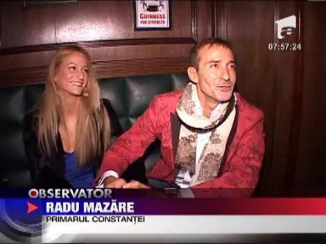 Radu Mazare s-a afisat cu o blonda focoasa in club