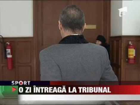 Gigi Becali a stat toata ziua la tribunal!