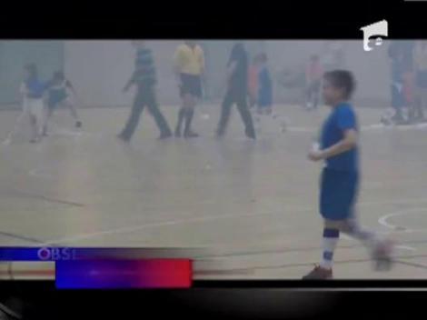 Imagini incredibile la un meci de fotbal dintre doua echipe de juniori