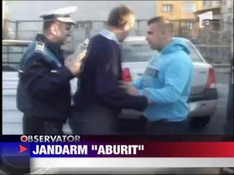 Jandarm baut, prins la volan