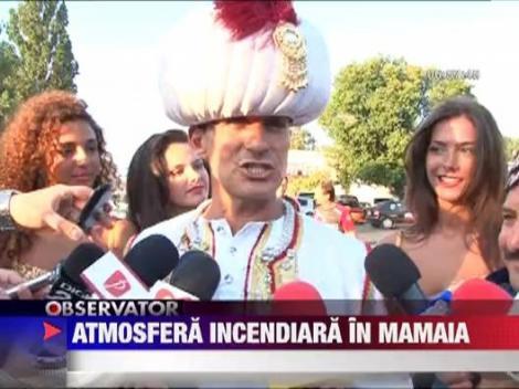 Radu Mazare a luat-o razna! S-a imbracat in sultan si a colindat Mamaia intr-un car!