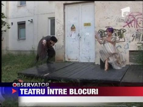 Teatru intre blocuri la Targu Mures