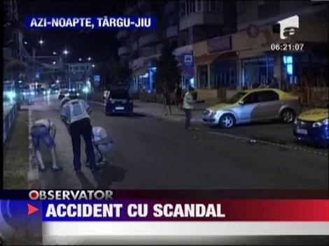 Targu-Jiu: Un taximetrist a fost spulberat langa masina sa