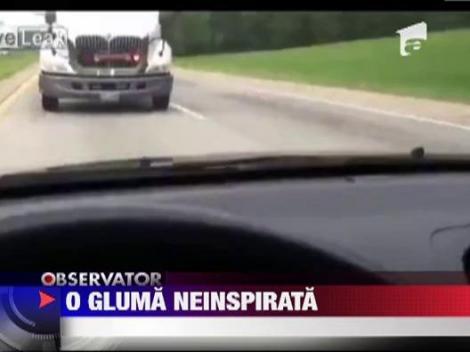 Un sofer american si-a speriat sotia de moarte cu o gluma facuta la volan