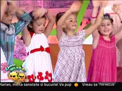 """Alina Sorescu & Atelierul de Muzica si Prezenta Scenica """"Alina Sorescu"""" - Cantam cu Alina"""
