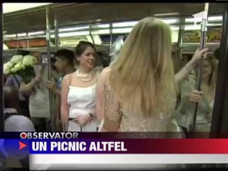 Flashmob la New York: 3000 de oameni au participat la un picnic urias