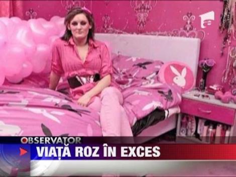 """""""Viata in roz"""" - dusa la extrem de o britanica obsedata de aceasta culoare"""