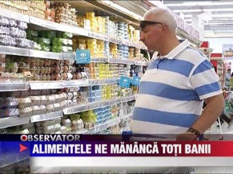 Romanii isi dau aproape toti banii pe mancare
