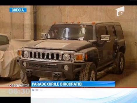 Mii de masini au fost abandonate in depozitele din Grecia din cauza crizei!