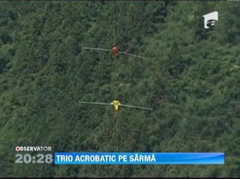 WOW! Acrobatii pe sarma la 350 de metri distanta de sol. Imagini impresionante!