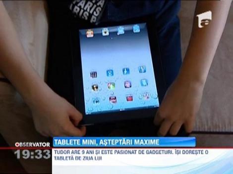 """Scoala viitorului: iPad Mini, noile """"caiete"""" ale elevilor din Romania"""