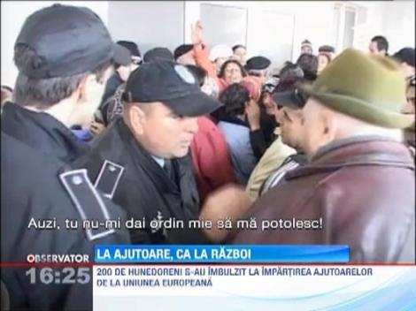 Hunedoara: 200 de oameni s-au batut pe ajutoarele de la Uniunea Europeana