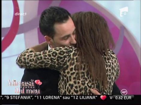 Cristina si Cosmin s-au logodit!