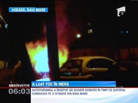 O masina a luat foc din mers, la Baia Mare