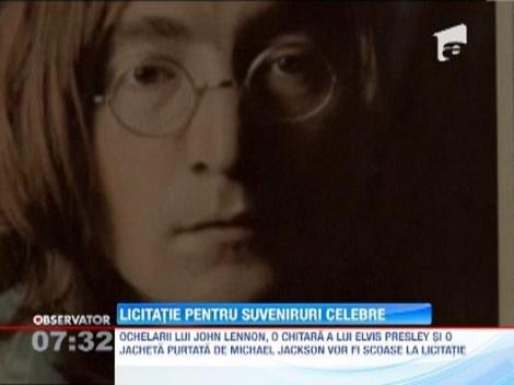 Ochelarii lui John Lennon si o jacheta a lui Michael Jackson au fost scoase la licitatie