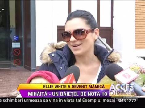 Ellie White a devenit mamica!