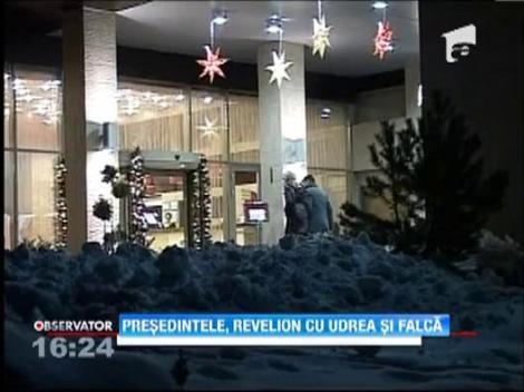 Presedintele, revelion cu Udrea si Falca