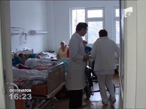 Frigul a aglomerat spitalele din Botosani iar bolnavii sunt nevoiti sa stea cate doi in pat